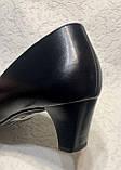 Шкіряні жіночі туфлі на маленькому підборах 40 р, фото 8
