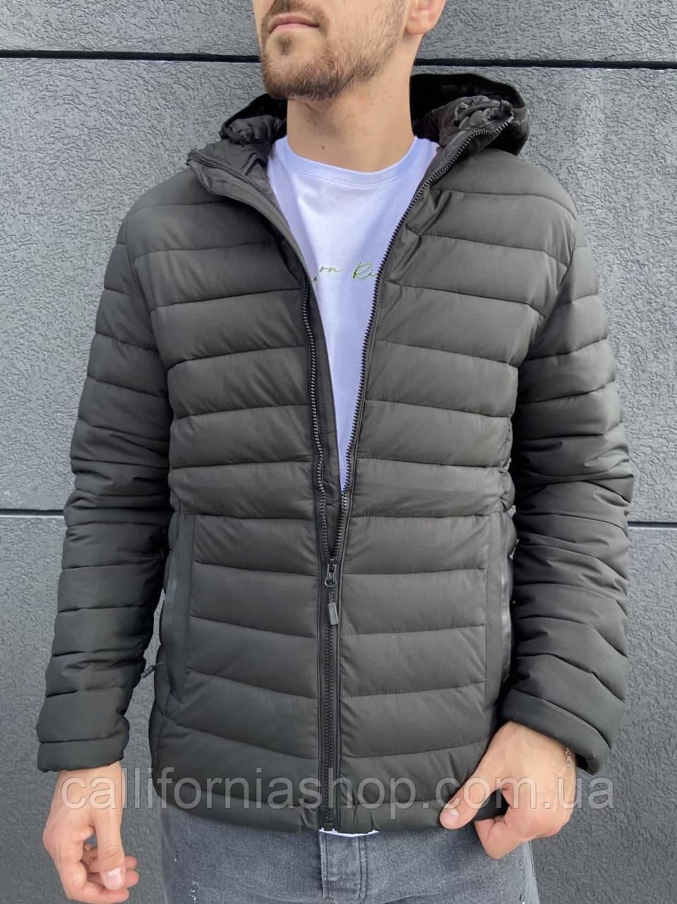 Куртка мужская короткая стеганая с капюшоном цвета хаки