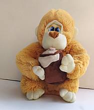 М'яка іграшка Мавпа з боченком довжина 35см pro..
