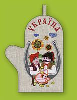 Прихватка варежка, сувенир с вышивкой аппликацией, натуральный лен