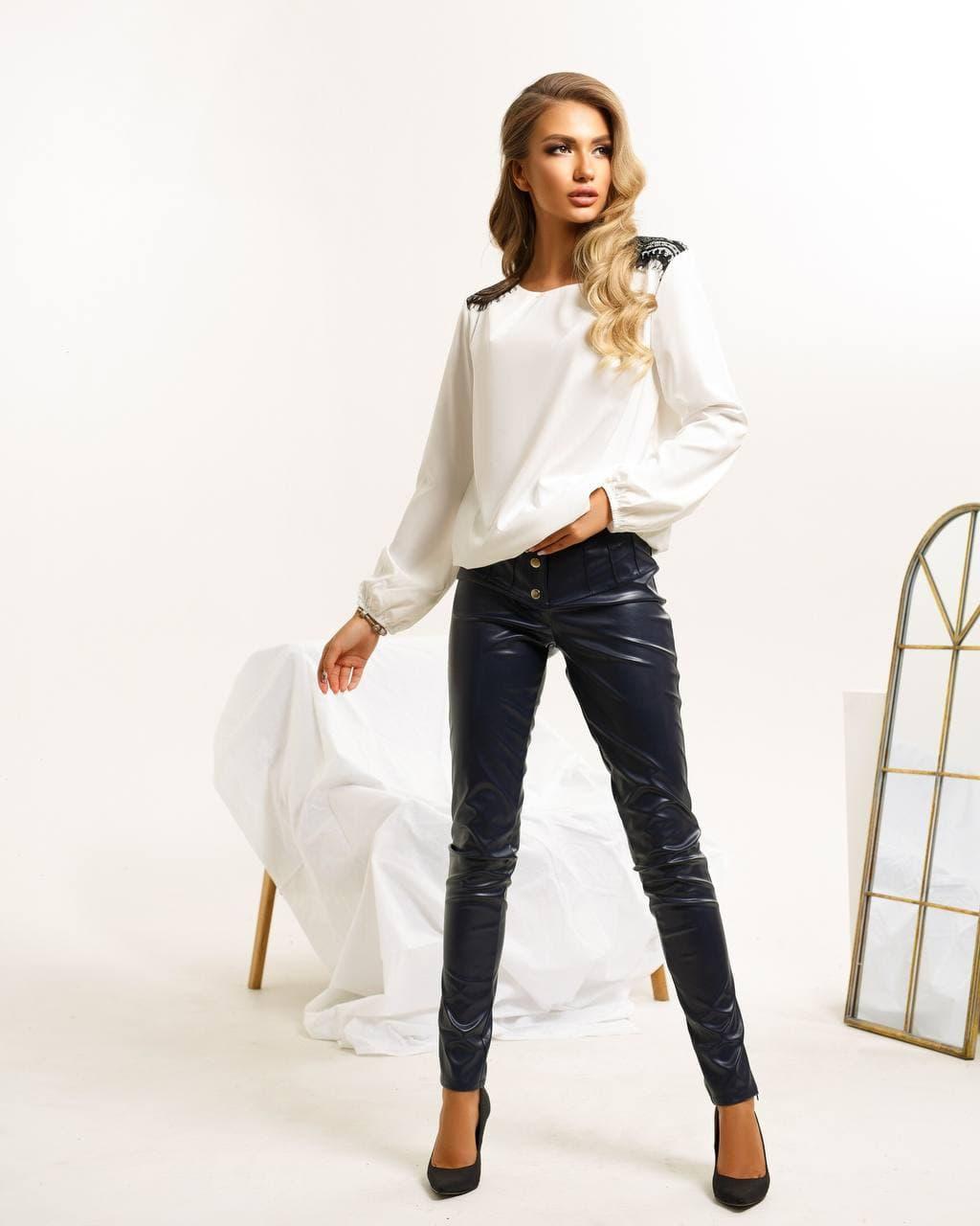 Красивая женская шёлковая рубашка Niki White