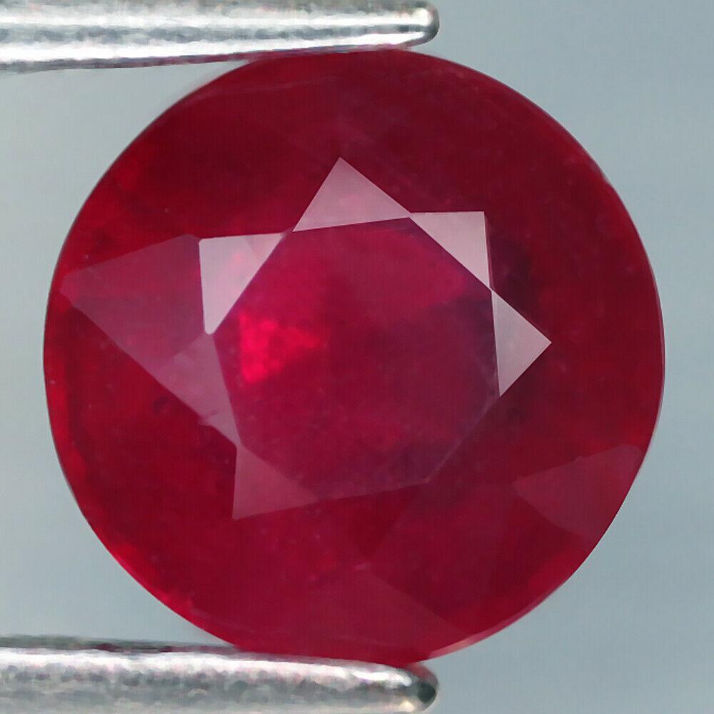 Рубін натуральний 2.39 карат 7.3 x 7.3 x 4.5 mm