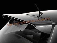 Заводской спойлер на крышу Toyota Auris 2006-12