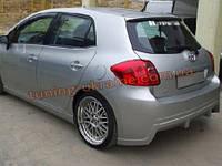 Задний бампер из стеклопластика для Toyota Auris 2006-12