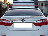 Задний спойлер - козырек на Toyota Camry XV50