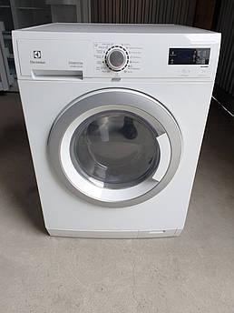 Пральна машина Electrolux Wash & Dry 8/7 KG з Сушкою / EWW 1686 HDW
