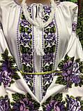 Стильна святкова жіноча вишиванка білого кольору із вишитими квітами «Фіолетова троянда», фото 2