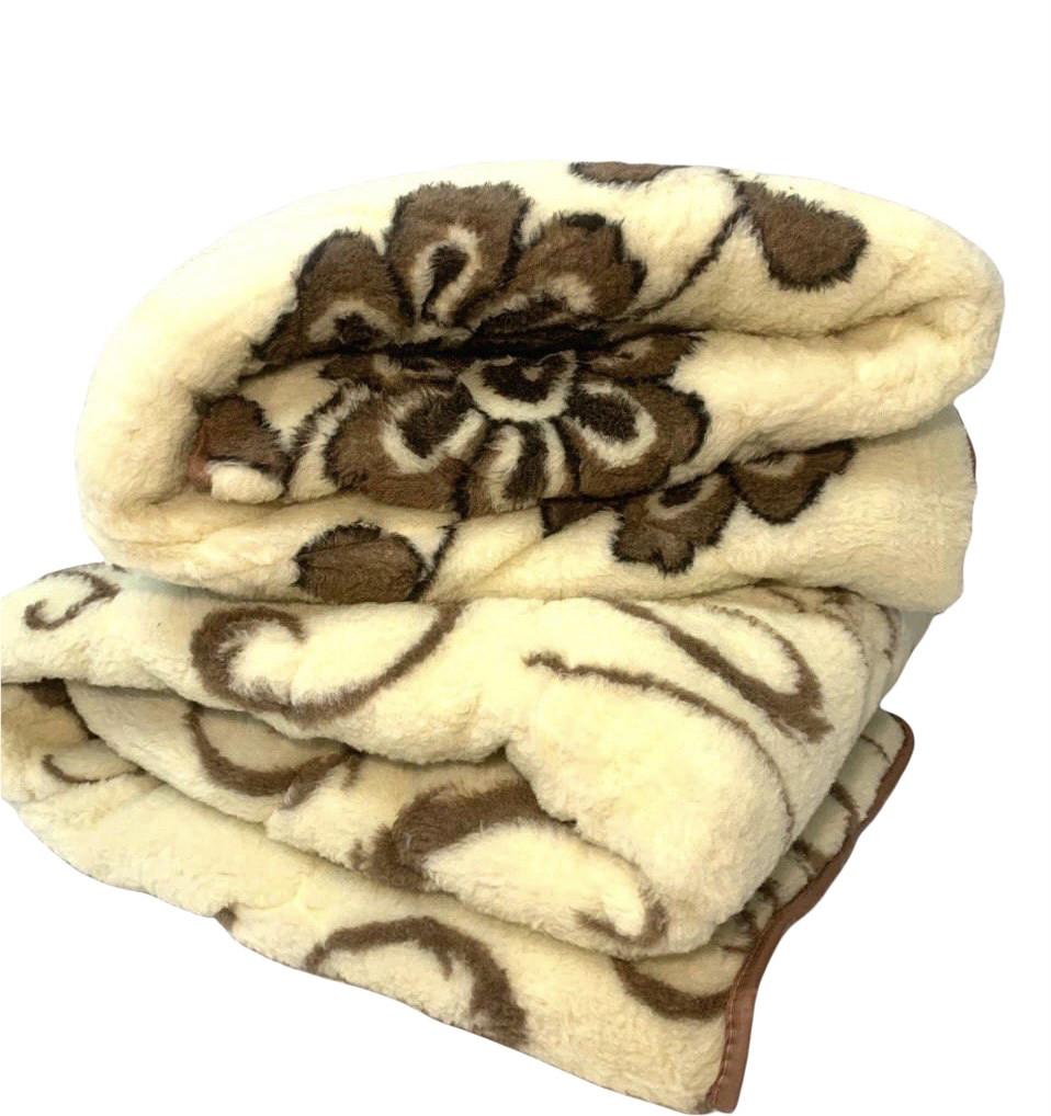 Одеяло зимнее двуспальное с открытым мехом в натуральной ткани