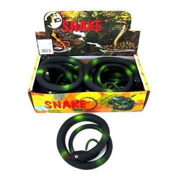 Змія гумова