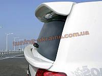 Задний спойлер на Toyota Land Cruiser FJ200