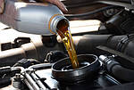 Что необходимо сделать автомобилистам при замене минерального масла на синтетическое?