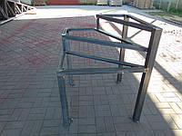 Площадка для лестницы в дом, металлическая