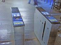 Реклама на турникетах в метро