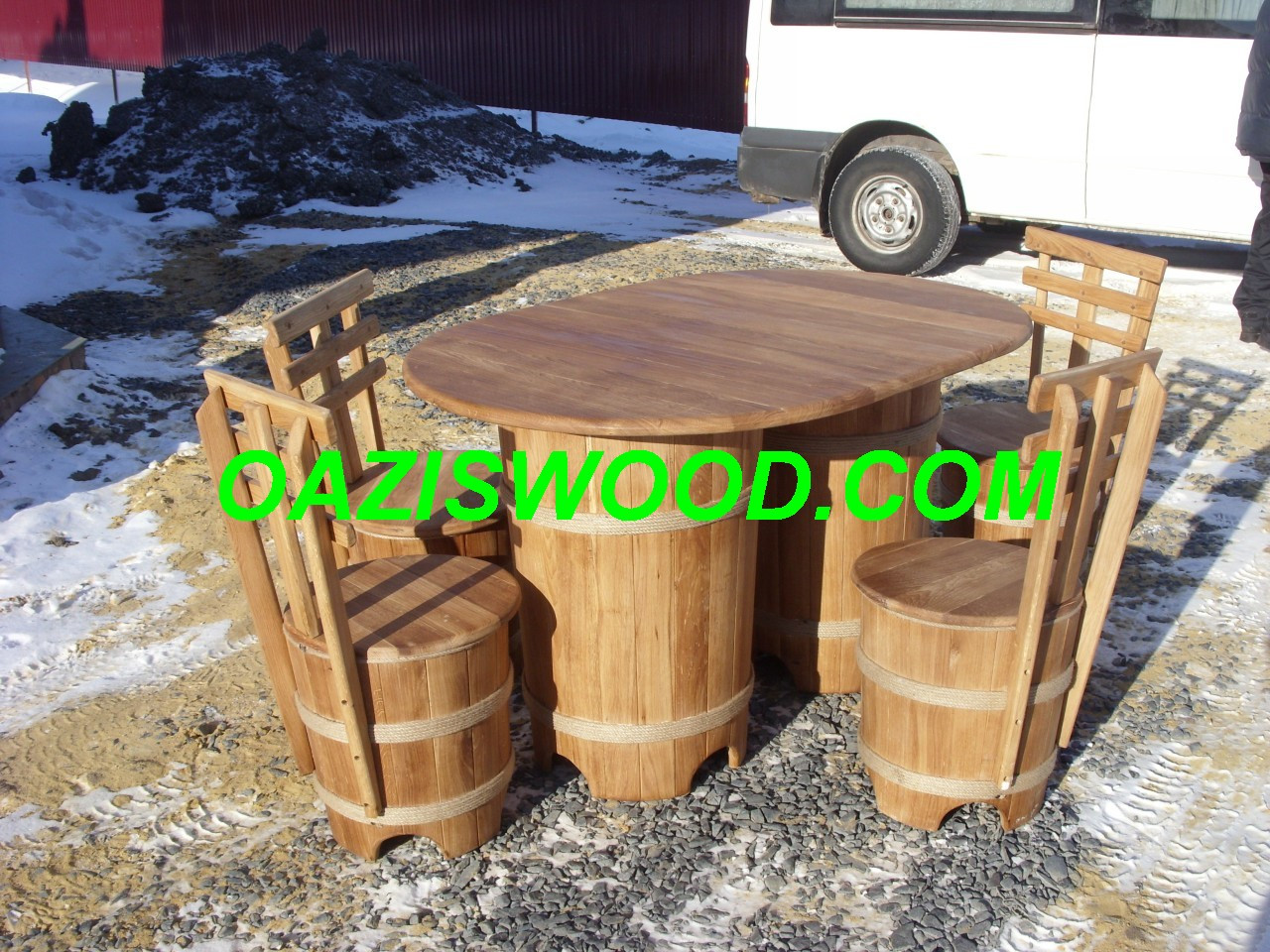 """Набор мебели """"МАКСИ"""" из дубовых бочек для бани и сауны."""