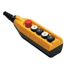 Крановый пульт управления 5-кнопочный, аварийный стоп d=30mm, 2 скорости (жёлто-чёрный) PV5Е30В44, ЭМАС - Инвест-Электро в Житомире