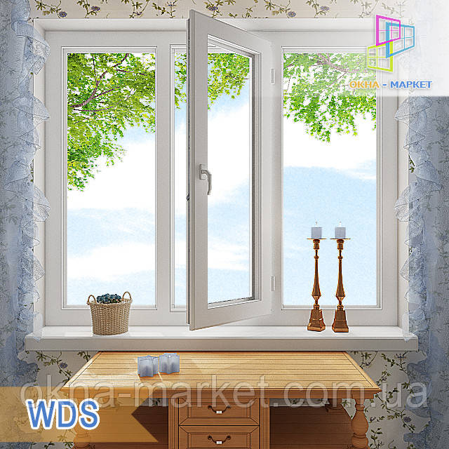 Трехстворчатое окно WDS, центральная створка которого, поворотно-откидная, боковые глухие