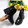 Лаковые глянцевые стильные черные женские ботинки на липучке низкий ход, фото 4
