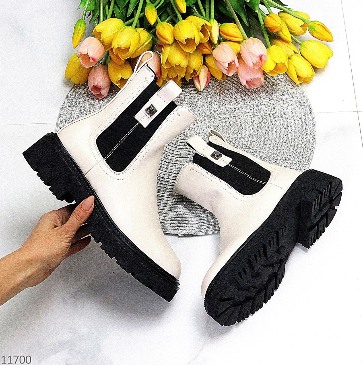 Зимние светлые бежевые женские ботинки челси с эластичными вставками по бокам