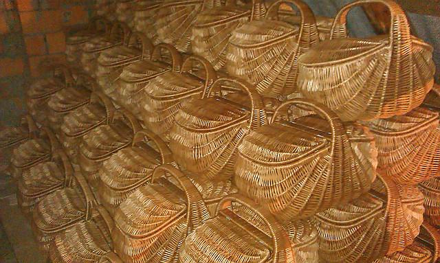 Изделия из лозы, плетеные корзины из лозы