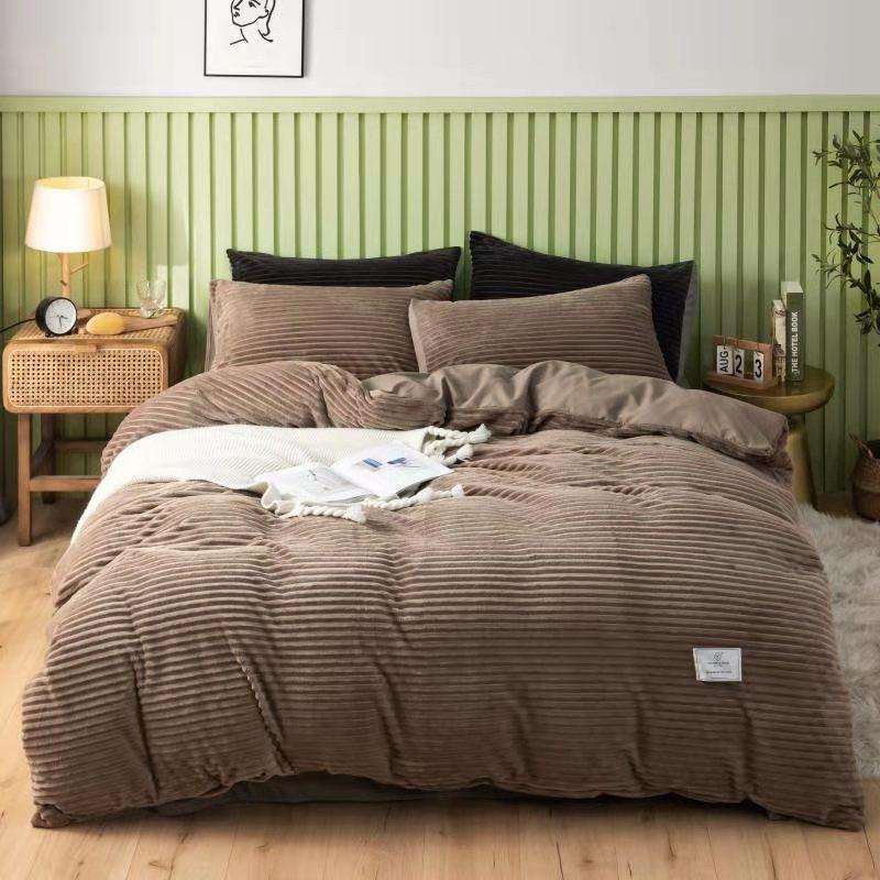 Постельное белье велюровое евро комплект/теплое постельное/Постельное велюровые в полоску