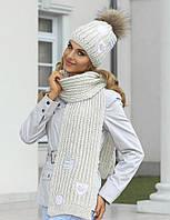 Теплая шапка объемной вязки с пушистым меховым помпоном от Kamea - Bozena.
