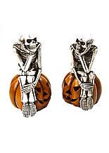 Фонарь керамический скелет мыслитель на тыкве 30*13см