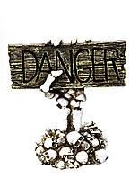Декор керамика на Хэллоуин Danger Опасно с подсветкой 35 см