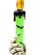 Подсвечник с черепами и рукой для декора помещения на Хэллоуин 21см зеленый оранжевый фиолетовый