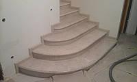 Ступени для лестниц из мрамора в Киеве