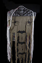 Декор подвесной Череп с пауками и летучими мышами 100 см на Хэллоуин