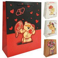 "Пакет подарочный бумажный M ""Bear with bouquet"", ЦЕНА ЗА УП. 12ШТ, 26*32*10см (480шт)"