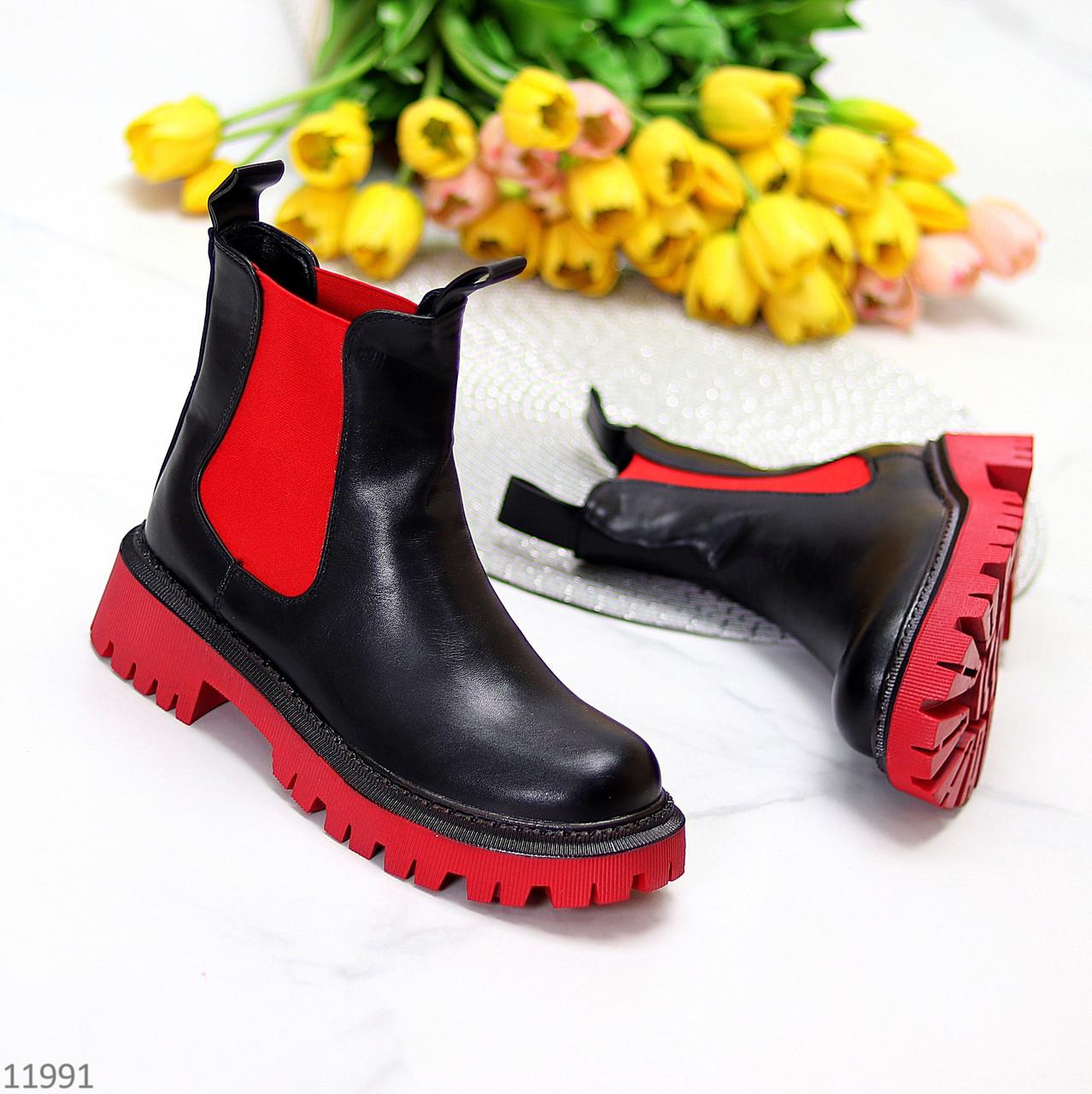 Яркие черные красные женские ботинки челси на флисе с эластичными вставками