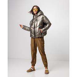 Молодежная женская зимняя куртка из лаковой плащевки