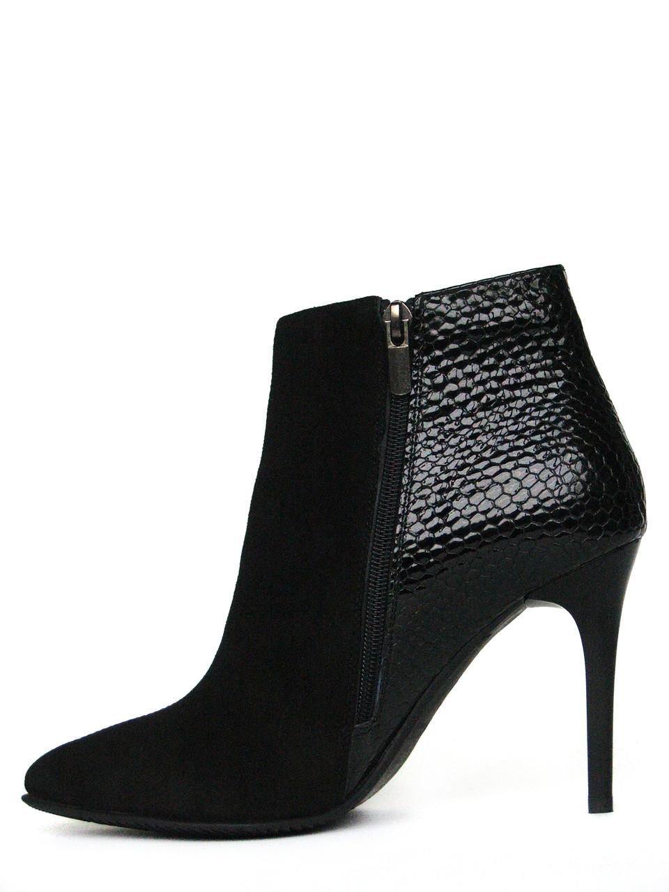 1f94b1f04 Ботинки на шпильке из черной замши с лаковой вставкой и молнией, цена 1 540  грн., купить в Запорожье — Prom.ua (ID#230192068)