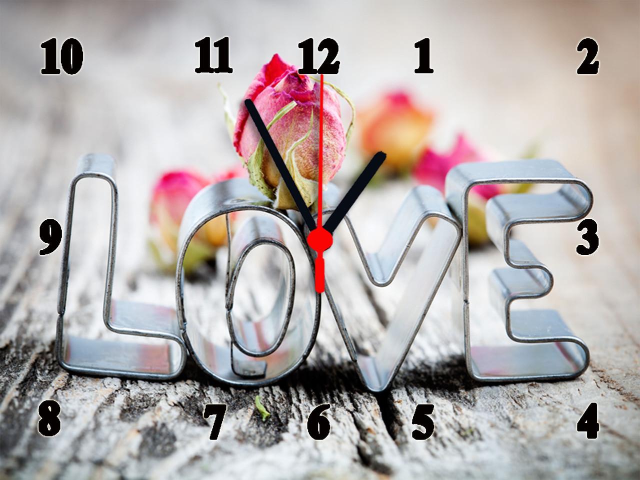 "Настенные часы ""LOVE с розочкой""  кварцевые"