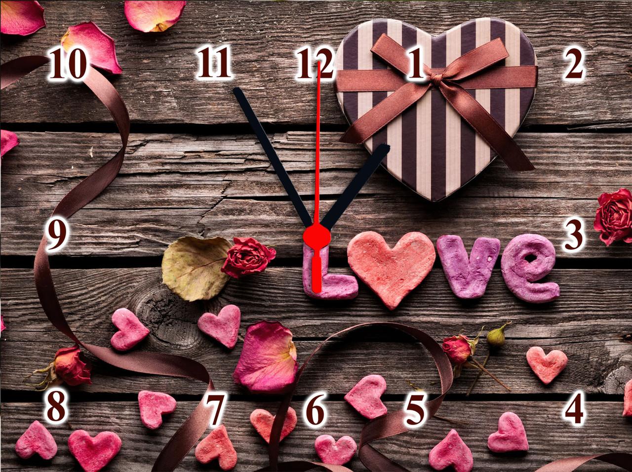 """Настенные часы """"Подарок в день любви""""  кварцевые"""