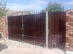 Ворота въездные обшитые поликарбонатом