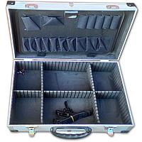 Ящик-алюмінієвий кейс для інструментів, з перегородками (455*330*152 мм). HouseTools 79K220-S