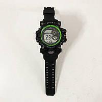 Часы наручные, электронные, с подсветкой. Цвет: UO-248 зеленая рамка