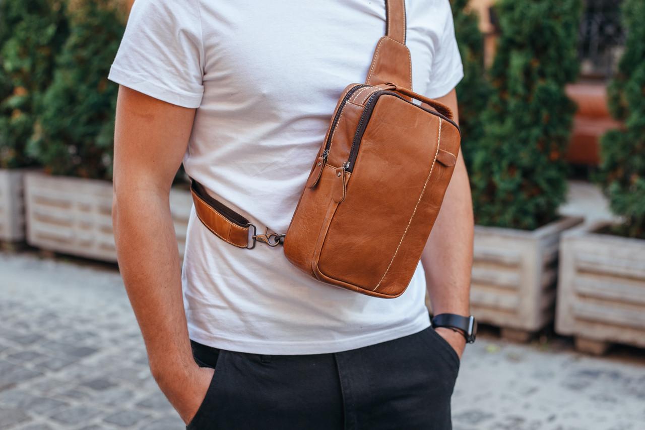 Чоловіча шкіряна сумка-месенджер Tiding Bag M3-810A коричнева