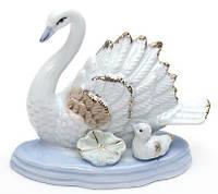 Фарфоровая статуэтка Лебеди