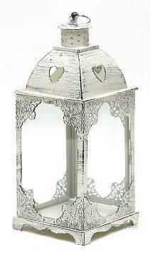 Подсвечник в форме фонарика со стеклом и резным декором, цвет белый антик