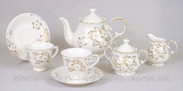 Набор 15 предметов: 6 чашек + 6 блюдец + чайник + сахарница + молочник