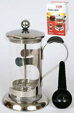 Заварочный чайник с пластиковой ложкой