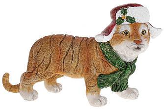 Фігурка Тигреня в новорічній шапці, 14.5 см, колір - світло-коричневий. Символ 2022 року.