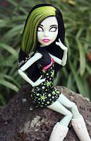 Кукла монстер хай Скара Скримс из серии Школьная Ярмарка - Scarah Screams Ghoul Fair