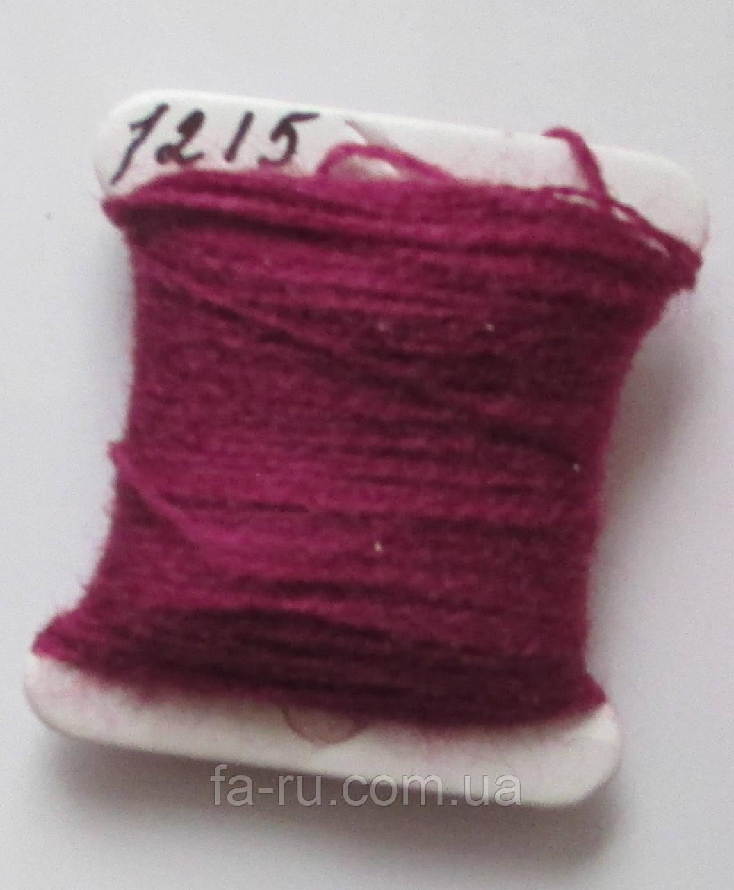 Акрил для вышивки: спелая вишня