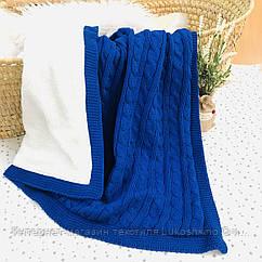 Плед вязанный утепленный синего цвета 95*75 см (90% хлопок, 10% акрил)