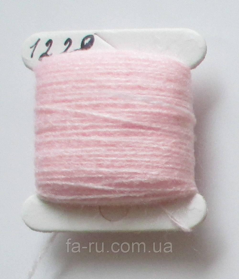 Акрил для вышивки: розовый мягкий