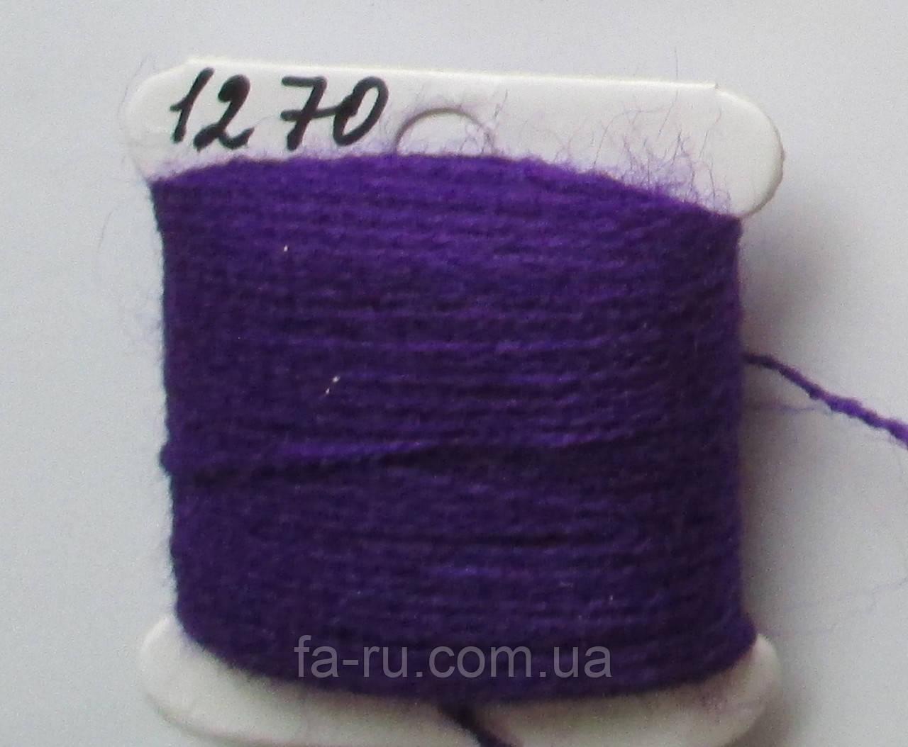 Акрил для вышивки: фиолетовый яркий